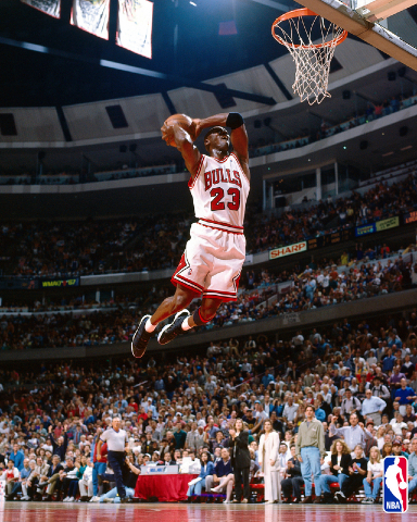 http://professionalathletehomes.files.wordpress.com/2011/01/michael_jordan-1166.jpg