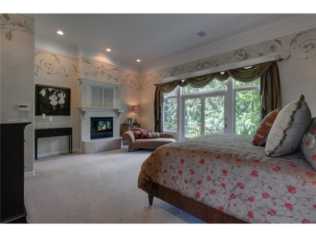 Retired MLB Pitcher Jeff Nelson Selling His $2M House in Carnation,WA