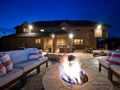 a-fire-pit-for-cool-nights