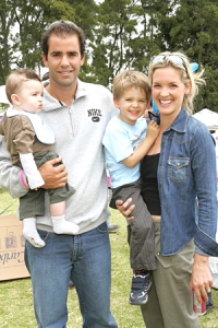 Bridgette Wilson and husband Pete Sampras with their two children