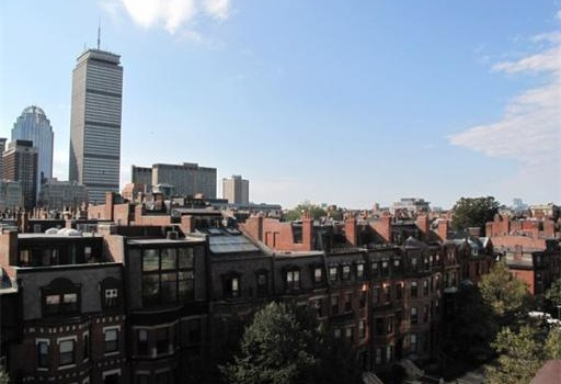 Tom brady selling his boston penthouse for 10 5m Tom brady sells boston homes