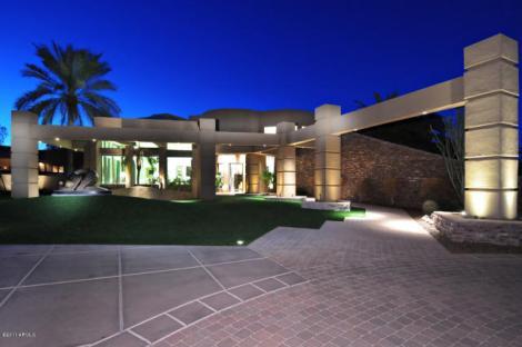 Retired NFL Quarterback Kurt Warner Selling His $4.988M House In Paradise Valley,AZ