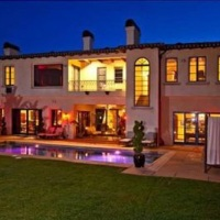 Chris Paul's New $8.5M Bel Air House He Bought From Avril Lavigne