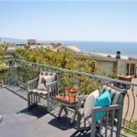 NFL QB Matt Leinart New House In Manhattan Beach, CA
