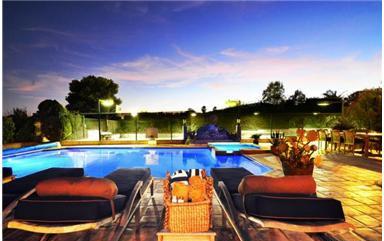 Former LA Laker Sasha Vujacic Selling His CA House For $2.749M