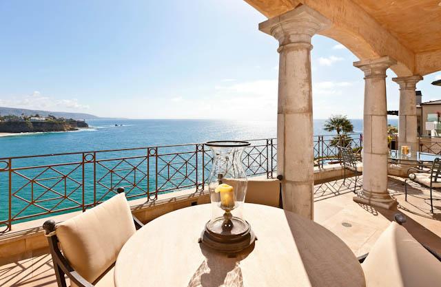 Emerald bay oceanfront italian villa in laguna beach ca for Laguna beach house prices