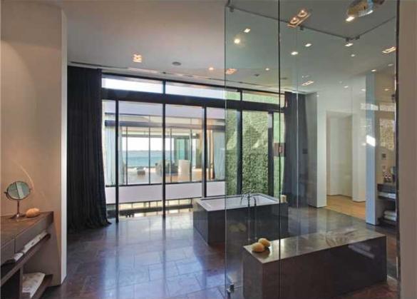Alex Rodriguez Sells His $30M Dollar Home, For a $15M Dollar Profit