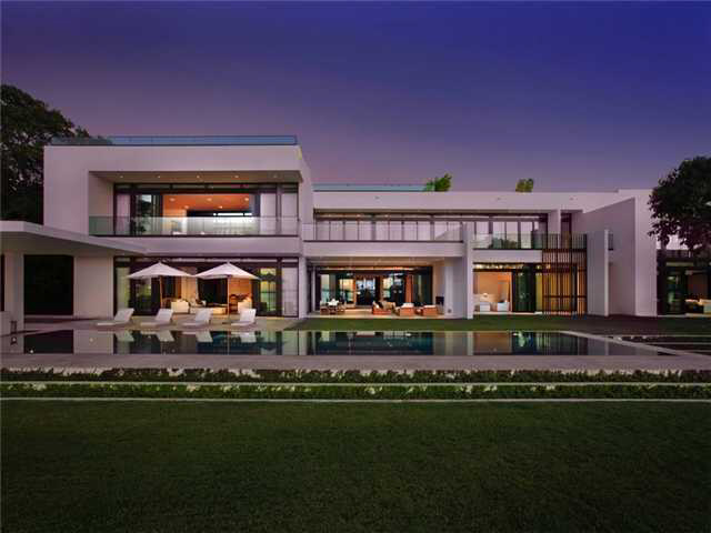 Alex Rodriguez Sells His $30M Dollar Home, For a $15M Dollar Profit