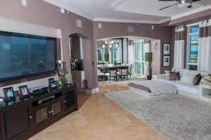 Reggie Sanders Lists His Personal Condo For $1.3M in Myrtle Beach, SC