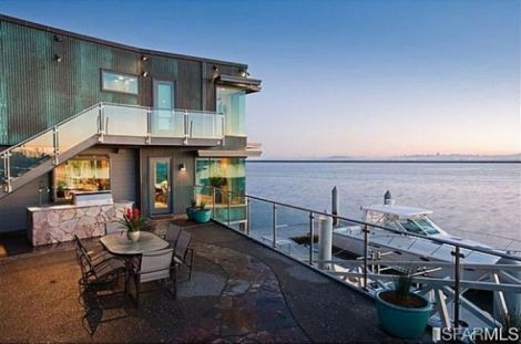 Marshawn Lynch's 'BEAST MODE' 7,000 Sq-Ft California Home