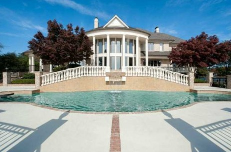 0228-michael-jordan-new-mansion-photos-1-628x415