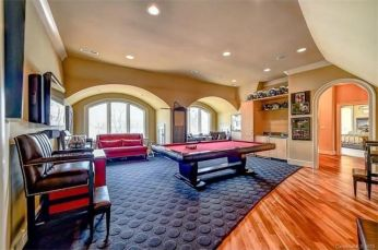 Julius Peppers Home in NC For Sale at $3.4M