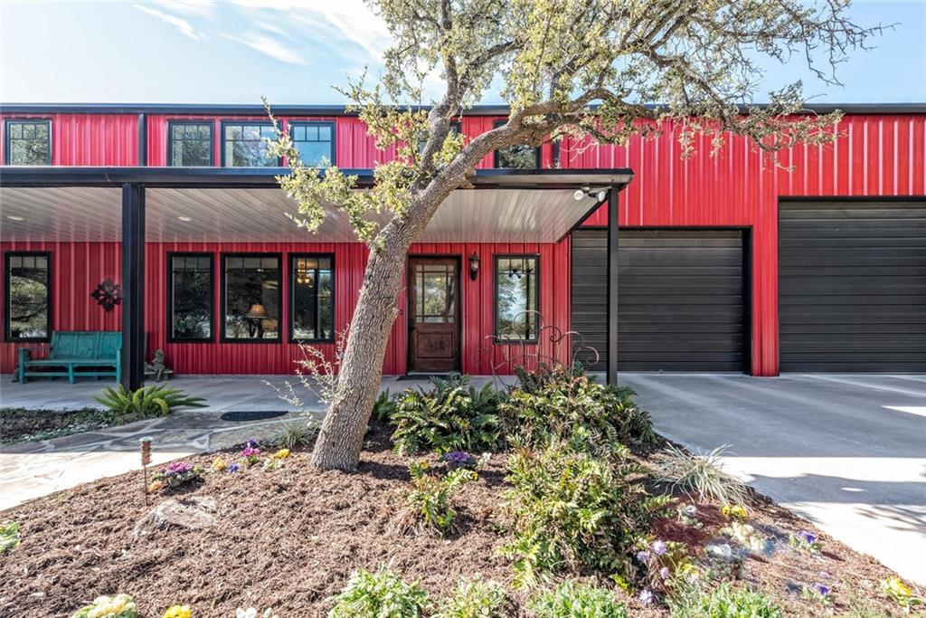 Miraculous Luxury Barndominium For Sale Listed By Magnolia Realty Waco Download Free Architecture Designs Ferenbritishbridgeorg